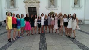 High heels and dresses photo: győriaudietokc