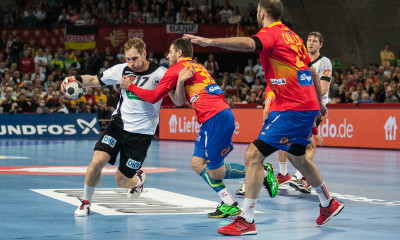 Steffen Weinhold, Germany vs spanish defense | Photo: Bjørn Kenneth Muggerud